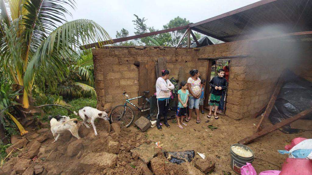 Iota se adentra en territorio hondureño dejando en Nicaragua destrucción, muertes e inundaciones. Foto: A. Navarro/Artículo 66.