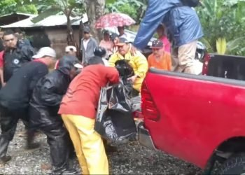 Dos fallecidos por deslave en Bonanza, durante paso de huracán Eta