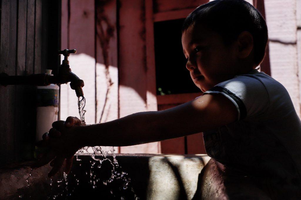 El régimen de Ortega pretende privatizar el agua, mediante concesiones a «agentes económicos privados». Foto: Artículo 66 / EFE.