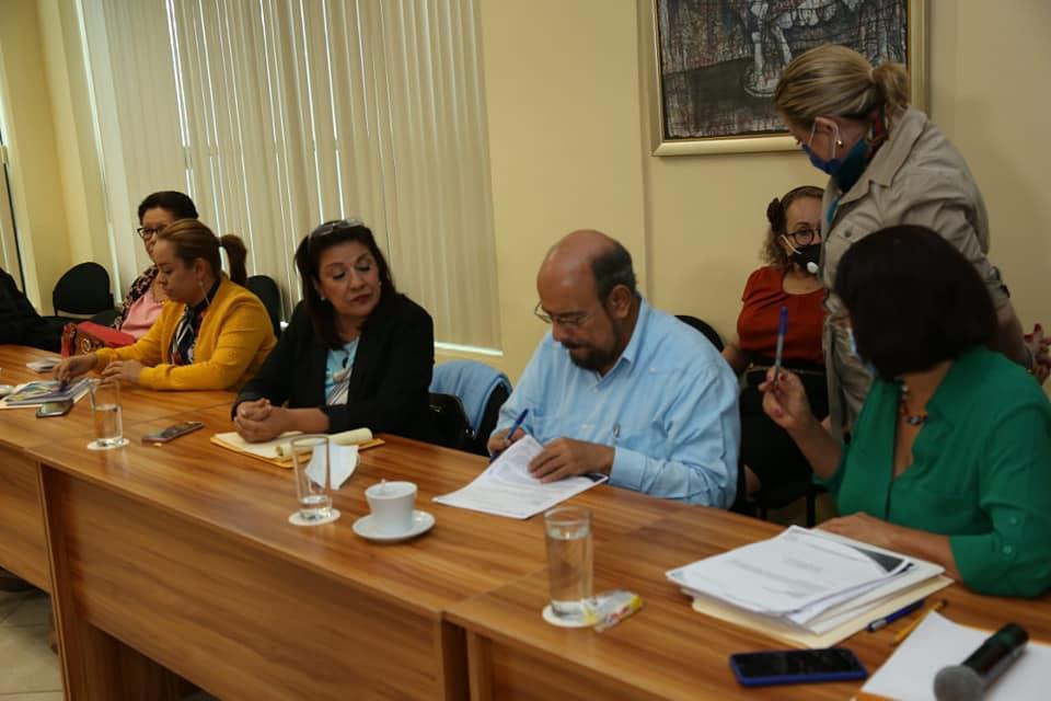 Diputados sandinistas dictaminan reforma para instaurar prisión perpetua. Foto: Asamblea Nacional.