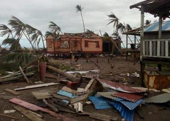 Huracán Eta causa estragos en más de 40 colegios públicos. Foto: RRSS.