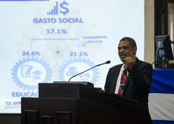 El sancionado Iván Acosta, ministro de Hacienda, asegura que Nicaragua será uno de los primeros en vacunar contra el COVID-19. Foto: Artículo 66/EFE
