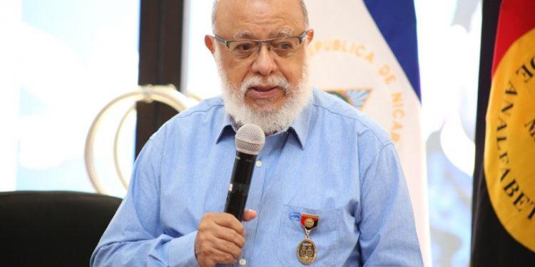 Fallece exministro de Educación Miguel de Castilla. Foto: Internet.