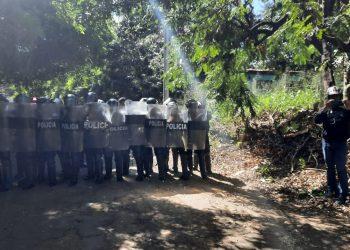 Cosep condena agresión policial en contra de periodistas independientes. Foto: Artículo 66/ Álvaro Navarro.