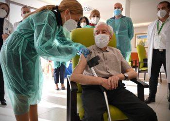 Europa arranca campaña de vacunación contra el COVID-19. Foto: RRSS.