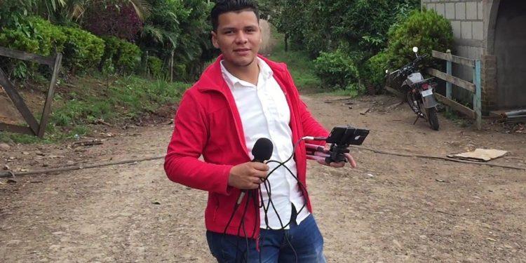 Policía agrede y amenaza a corresponsal de Nicaragua Actual en Jinotega. Foto: Artículo 66 / Cortesía