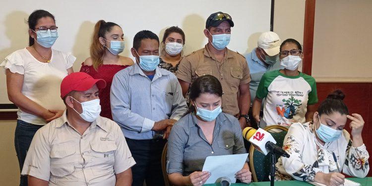 Movimiento ambientalista se retira de la UNAB «porque la sangre de abril está siendo traicionada». Foto: Artículo 66 / FB