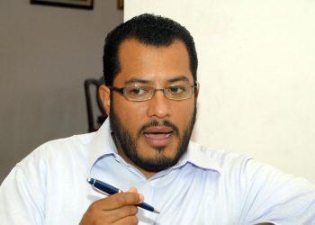 Félix Maradiaga se zafa de la Policía y logra instalarse en hotel capitalino. Foto: Internet.