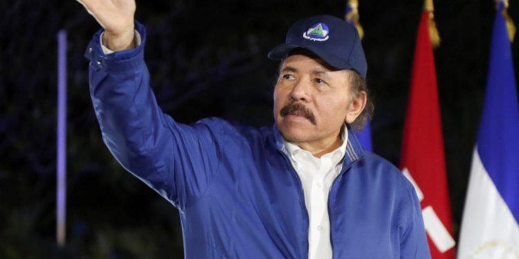 Daniel Ortega llama a la unidad a «sus socios» del sector privado y partidos «zancudos». Foto: Gobierno.