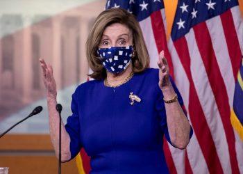 Nancy Pelosi pide destitución a Donald Trump tras violencia en el Capitolio. Foto: Artículo 66/ EFE.