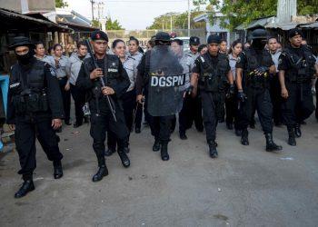 Condenan aprobación de cadena perpetua por espuria, represiva y un retroceso en DD.HH. Foto: Artículo 66/ EFE.