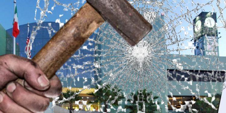 Bancos entre la espada y la pared: O los cierra Ortega o se aislan del mundo