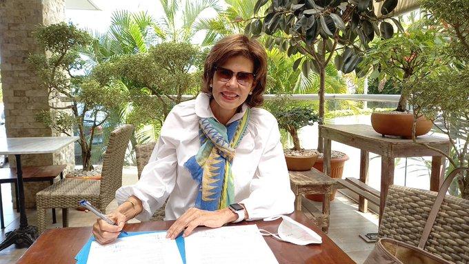 Cristiana Chamorro firma documento de unidad para elegir candidato único de la oposición