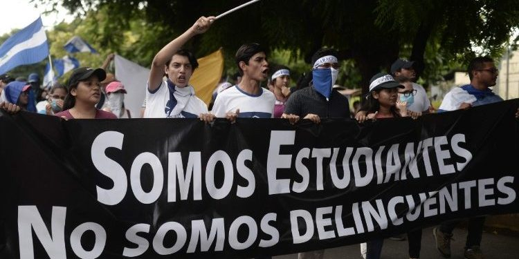 Presentan libro blanco: Las Violaciones de los derechos humanos en universidades públicas de Nicaragua. Foto: Internet.