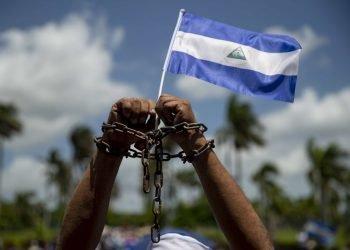 Activistas opositores desafían represión de la dictadura y salen a la calles en acciones de protesta relámpago . Foto: Internet.