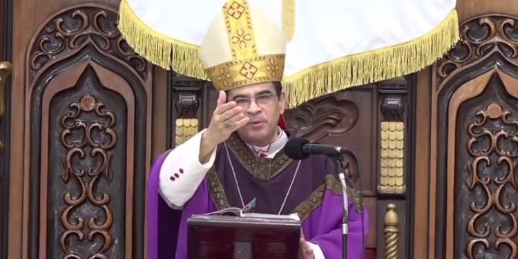 "Monseñor Rolando Álvarez: «Los verdaderos libertadores no se autopresentan como ""ungidos""»"