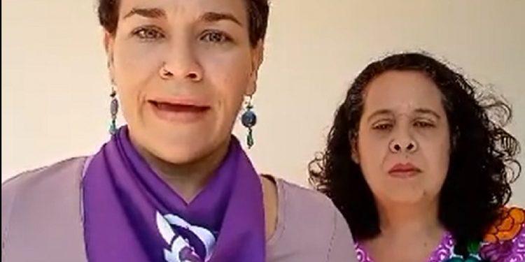 Dictadura Ortega-Murillo manda a policías a impedir salida de sus casas a mujeres líderes opositoras en el día de la mujer. Foto: Cortesía.