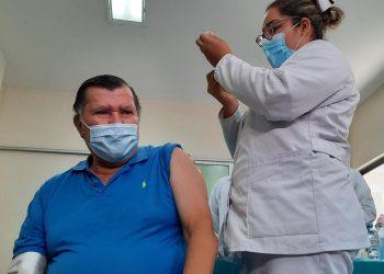 Murillo dice que la próxima semana llegarán 135 mil vacunas donadas por la OPS. Foto: El 19 Digital