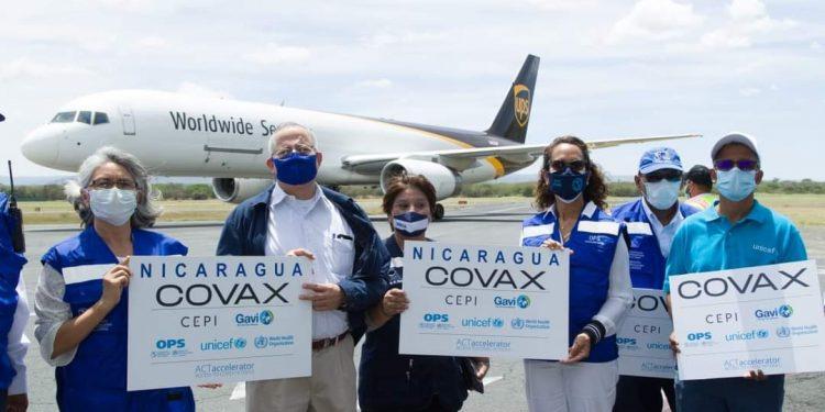 Nicaragua recibe 135 mil dosis de vacunas contra el COVID-19 donadas por la OPS