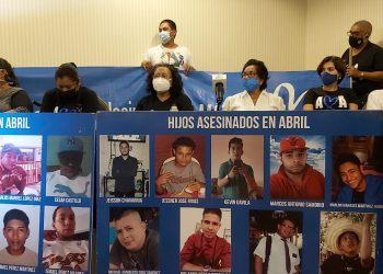 Asociación Madres de Abril demanda la unidad de la oposición. Foto: Álvaro Navarro/ Artículo 66.
