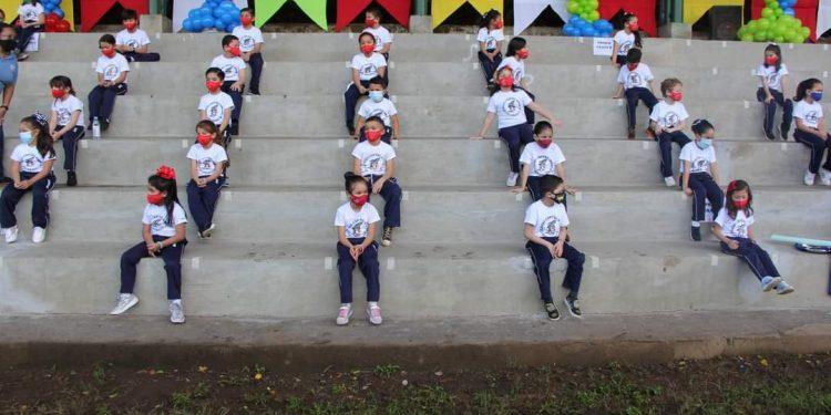 Más colegios en Nicaragua suspenden clases por contagios o contacto con afectados por el COVID-19. Foto: Facebook