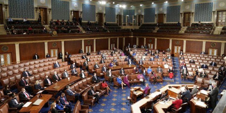 Ley Renacer pasa al Congreso de Estados Unidos