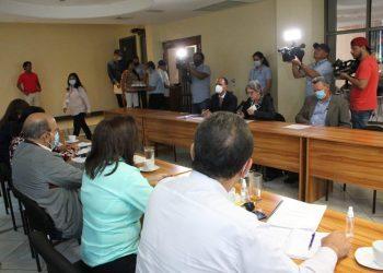 Kitty Monterrey: «Reunión con la Comisión Electoral no tuvo ningún resultado». Foto: CxL