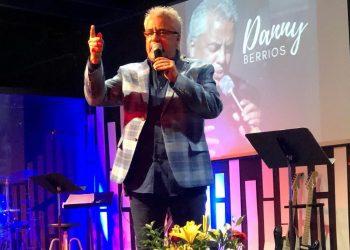 Cantante cristiano Danny Berríos cancela concierto organizado por el «Chocolatito» González. Foto: Tomada de Facebook.