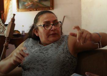 Policía Orteguista asedia a la Dra. María Eugenia Alonso. Foto: Internet.