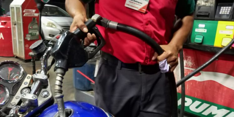Nuevo incremento en los combustibles a partir del domingo 19 de septiembre. Foto: Artículo 66 / Noel Miranda