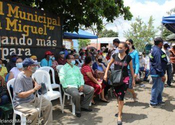 Minsa revela leve repunte de COVID-19 en Nicaragua y alcanza 6,835 casos confirmados.. Foto: Vacunación en Masaya/Gobierno.