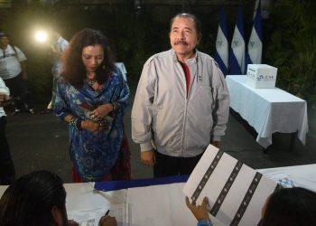 Dictadura de Ortega lanza calendario electoral para poner a correr a la oposición