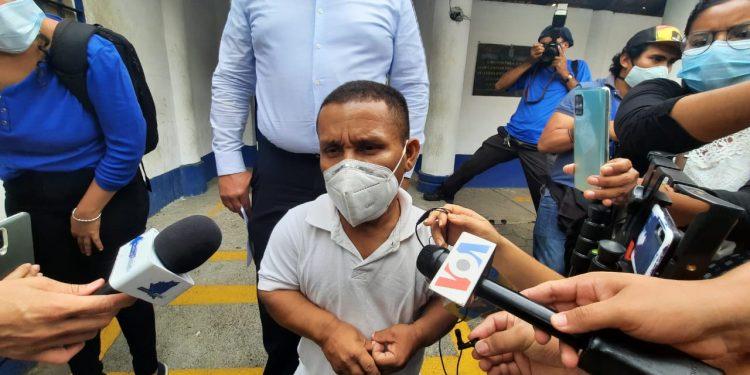 Periodista Roberto Mora: «Yo siempre mantengo mi posición que se trata de un caso político». Foto: Artículo 66 / Noel Miranda