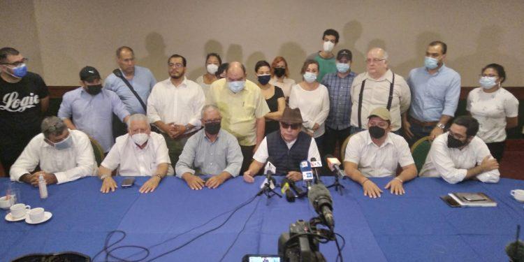 Coalición Nacional sigue en el proceso electoral en la casilla 14 del PRD. Foto: Cortesía.
