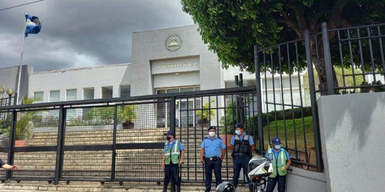 CSE conforma Consejos Electorales Municipales. CxL denuncia irregularidades. Foto: Artículo 66/ Noel Miranda.