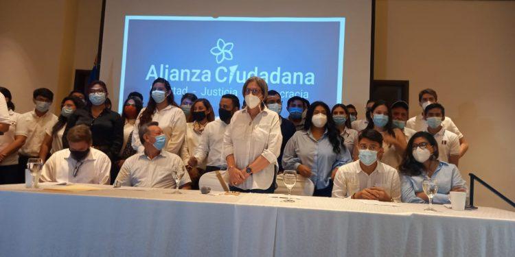 Presidente de PRD asegura que CxL no tuvo voluntad de firmar la unidad. Foto: N. Miranda/Artículo 66.