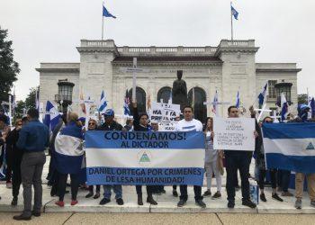 """La diáspora nica quiere votar: """"Somos actores políticos, no solo enviadores de remesas"""""""
