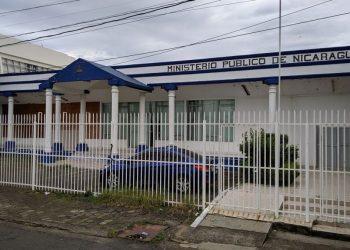 Dictadura Ortega-Murillo ordena más citatorios ante Fiscalía contra periodistas y medios independientes. Foto: Internet.