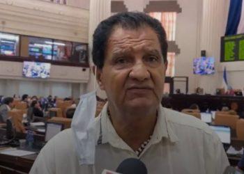 Coalición Nacional podría expulsar de sus filas al diputado Bruklin Rivera por «colaborar con la dictadura». Foto: Internet.
