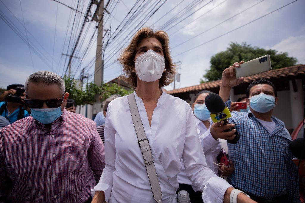 Cristiana Chamorro al salir de la Fiscalía | Redacción Abierta.