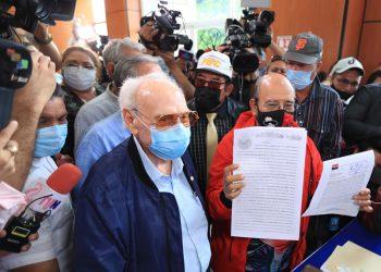 Partido de Daniel Ortega inscribe su alianza electoral en medio de espectáculo propagandístico. Foto: CCC.
