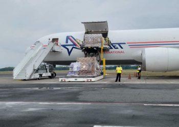 Llega a Nicaragua lote de 70 mil dosis de vacuna Sputnik V. Foto: Medios gubernamentales.