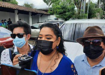 Periodistas Fabio Gadea y Verónica Chávez se presentan ante Fiscalía por caso Cristiana Chamorro. Foto: Artículo 66/ Noel Miranda.