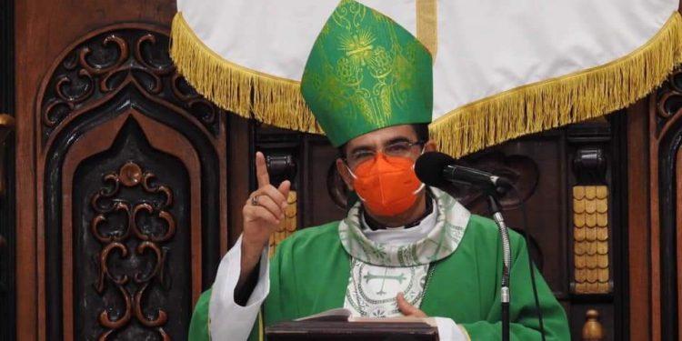 Monseñor Rolando Álvarez crítica las exclusiones de la dictadura a opositores. Foto: Artículo 66 / Diócesis Media