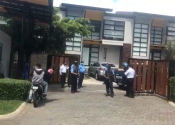Régimen detiene a dos trabajadores tras allanamiento en casa de Arturo Cruz . Foto: Captura de pantalla.