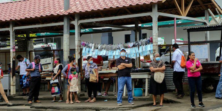 COVID-19 en ascenso en Nicaragua, 362 nuevos casos en una semana. Foto: Confidencial.