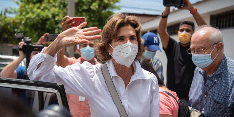 Cámaras de industria de Centroamérica condenan represión contra Cristiana Chamorro y prensa independiente. Foto: Internet.