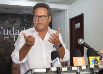 Precandidato presidencial Arturo Cruz anuncia que abandonaría contienda electoral si continúan inhibiciones. Foto: Artículo 66.