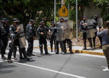Proceso electoral se desarrolla en medio de «violencia política» afirma estudio de la organización Urnas Abiertas. Foto: Internet.
