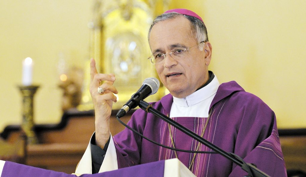 Monseñor Silvio Báez: «Hay pueblos que sufren hemorragias a causa de tiranías irracionales que los oprimen». Foto: Artículo 66 / Internet
